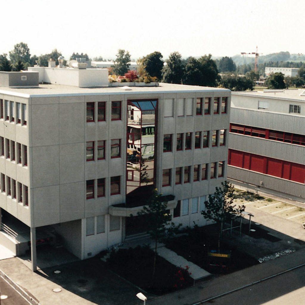 """Umzug ins """"Gewerbehaus Büelen"""""""